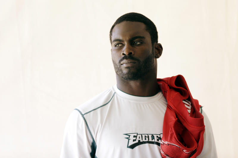 QB Vick a limited participant in Eagles practice