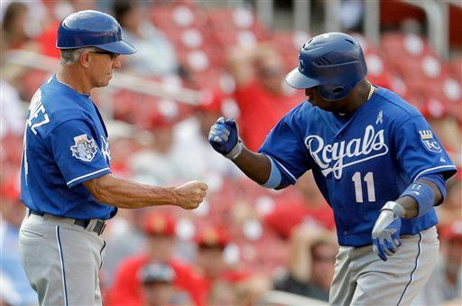 Betancourt homers in 15th, Royals beat Cardinals