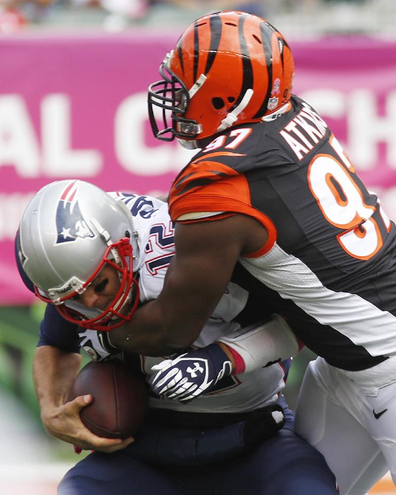 Bengals end Brady's streak, beat Patriots 13-6