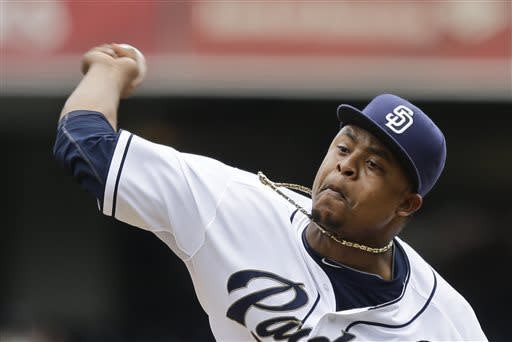 Vincent gets 1st save as Padres sweep Braves, 5-3