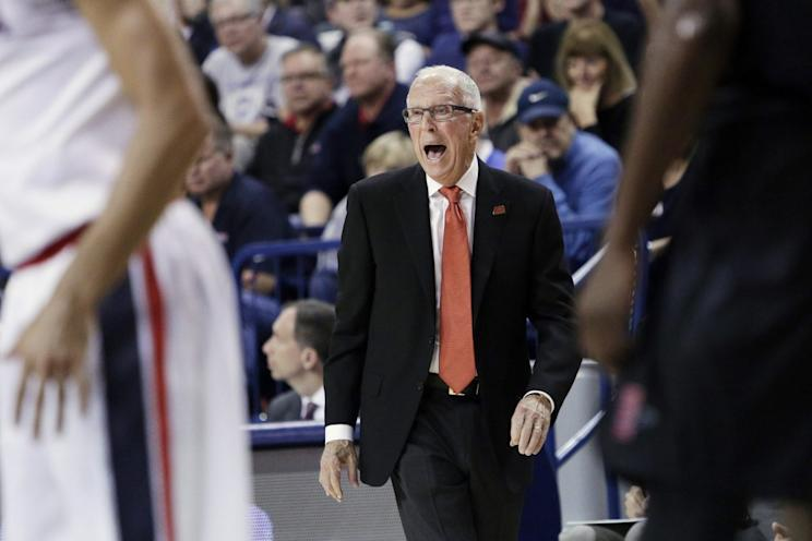 Steve Fisher retiring as basketball coach