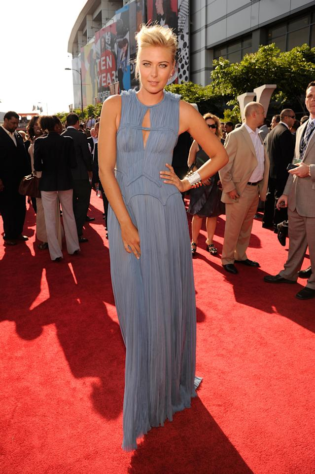 LOS ANGELES, CA - JULY 11:  Professional tennis player Maria Sharapova arrives at the 2012 ESPY Awards at Nokia Theatre L.A. Live on July 11, 2012 in Los Angeles, California.  (Photo by Kevin Mazur/WireImage)