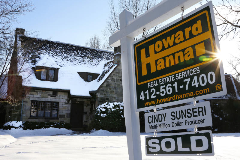 News Summary: US rate on 30-year mortgage steady