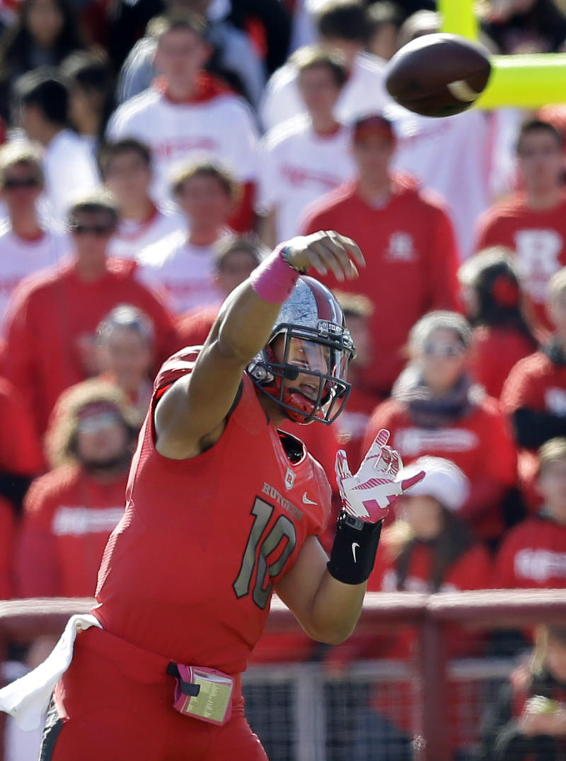 Flood decides to stay with Nova as Rutgers QB