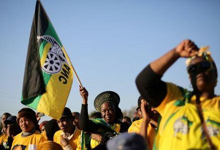 South African opposition to push for president's removal