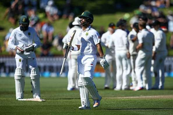 WELLINGTON, NEW ZEALAND - MARCH 17: JP Duminy of South Africa leaves the field after being dismissed during day two of the test match between New Zealand and South Africa at Basin Reserve on March 17, 2017 in Wellington, New Zealand. (Photo by Hagen Hopkins/Getty Images)