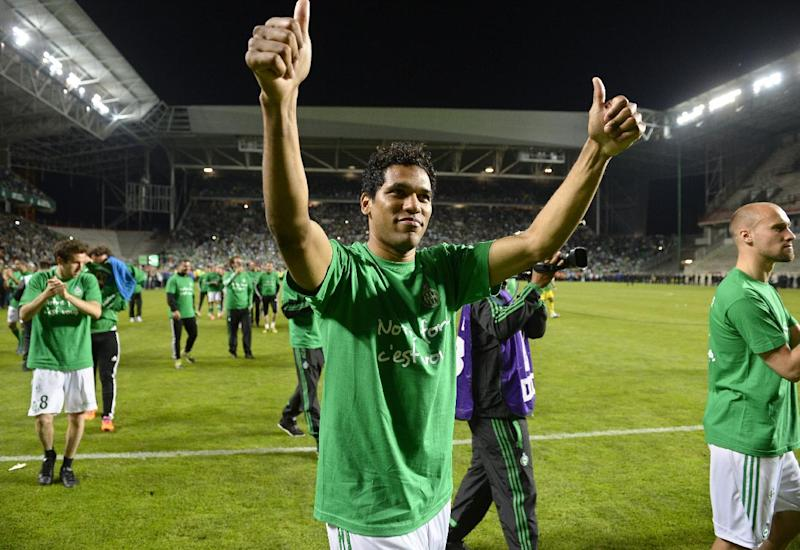 St Etienne's Brazilian forward Brandao (C) celebrates with teamates following the French L1 football match Saint-Etienne vs Ajaccio on May 17, 2014