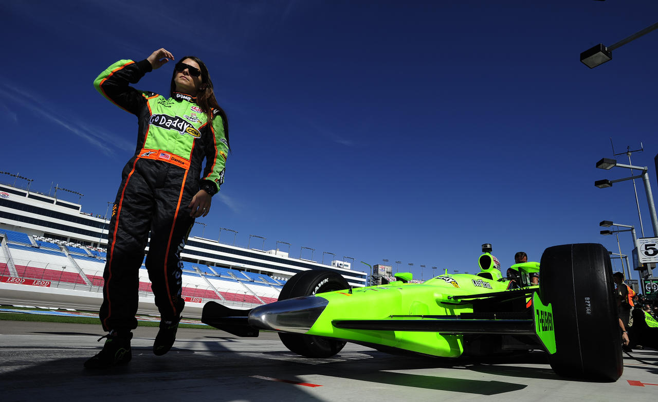 LAS VEGAS - SEPTEMBER 13:  Danica Patrick driver of the #7 Andretti Autosport  Dallara Honda during practice for the IZOD IndyCar Series  World Championship on September 13, 2011 at the Las Vegas Motor Speedway in Las Vegas, Nevada.  (Photo by Robert Laberge/Getty Images)