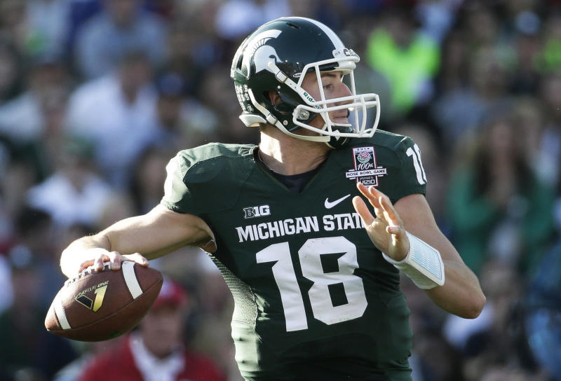 Michigan St beats Stanford 24-20 in Rose Bowl