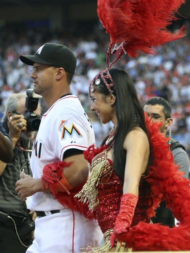 Cards spoil Marlins' debut in new ballpark, 4-1