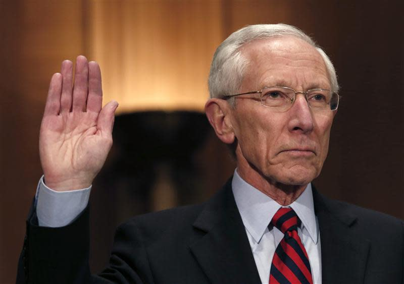 Stanley Fischer, the former chief of the Bank of Israel, is sworn before the Senate Banking Committee confirmation hearing on his nomination in Washington