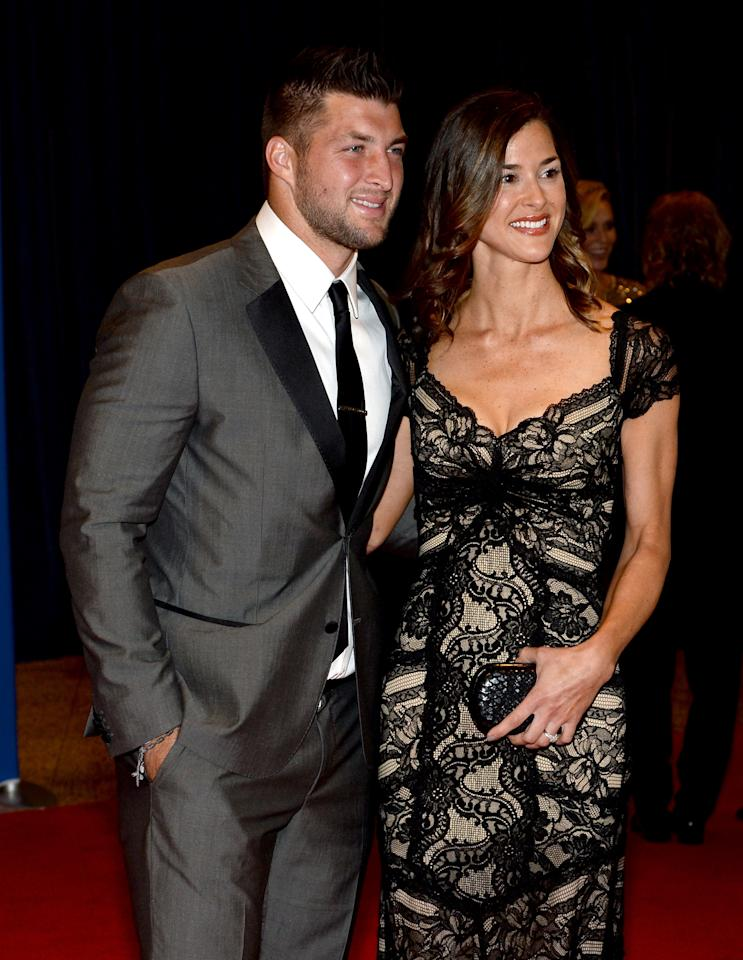 WASHINGTON, DC - MAY 03: Athlete Tim Tebow (L) attends the 100th Annual White House Correspondents' Association Dinner at the Washington Hilton on May 3, 2014 in Washington, DC. (Photo by Dimitrios Kambouris/Getty Images)