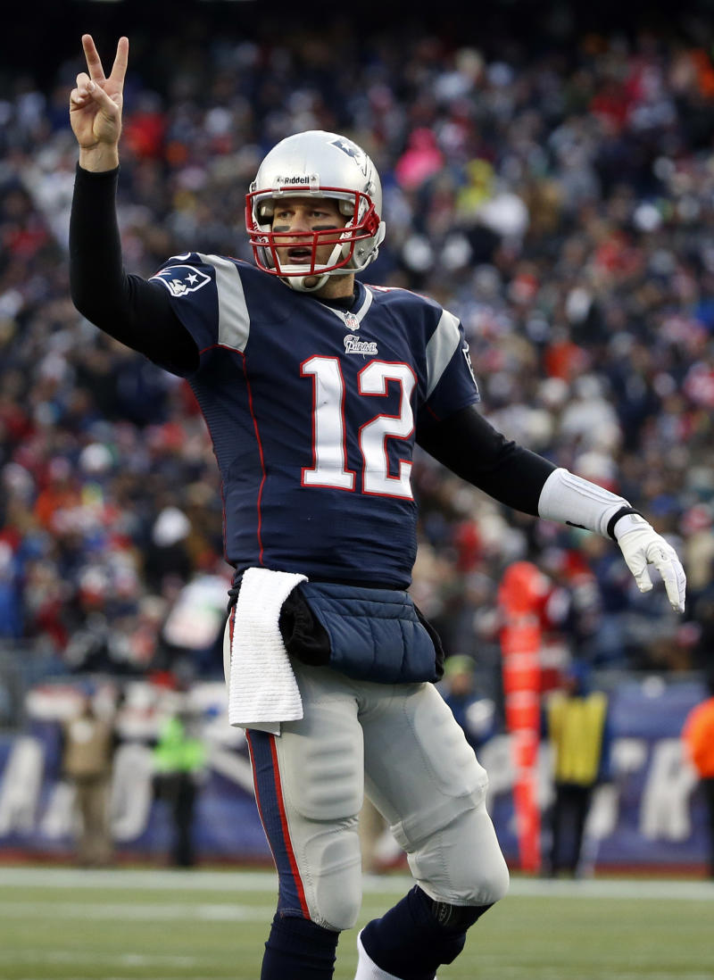 Patriots at Dolphins opens 3 weeks of showdowns