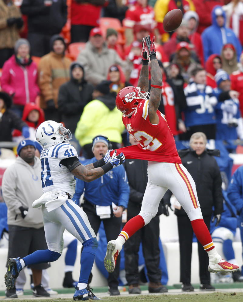 Chiefs' Bowe, Hali ruled out for San Diego