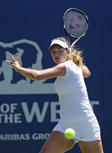 Coco Vandeweghe, of the United States, prepares to return to Yanina Wickmayer, of Belgium, during a semifinal of the Bank of the West tennis tournament Saturday, July 14, 2012, in Stanford, Calif. (AP Photo/Marcio Jose Sanchez)