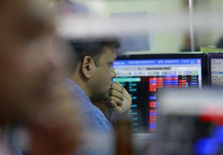 Sensex regains 134 points on Asian leads, Nifty reclaims 8400-mark