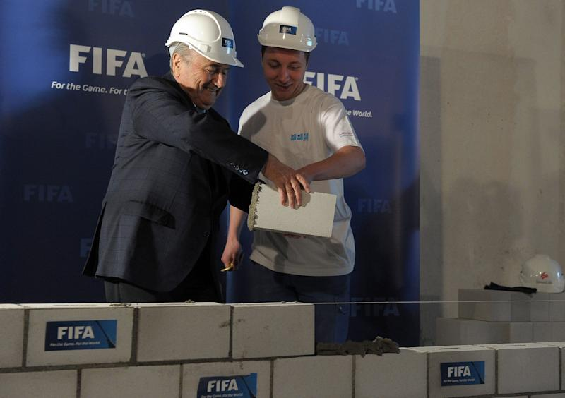'Clumsy' Sepp Blatter cleared of any wrongdoing
