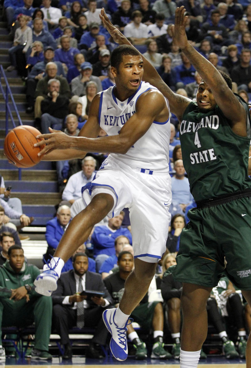 No. 3 Kentucky rallies past Cleveland State, 68-61
