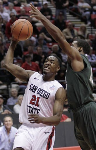 Tapley keys 24-3 run that carries No. 22 Aztecs