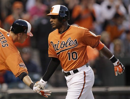 Orioles hit 3 HRs in 8-2 rout of Twins