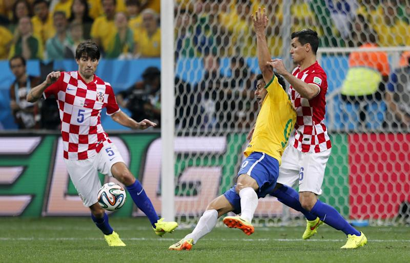 Brazil's Fred says it was a 'clear penalty' on him