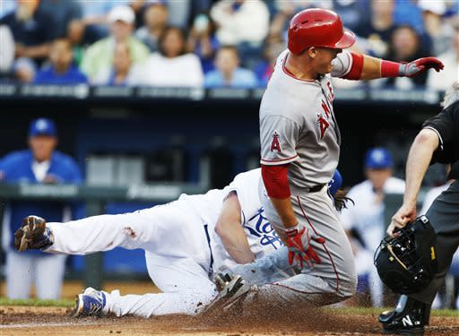 Trout, Vargas lead Angels over Royals