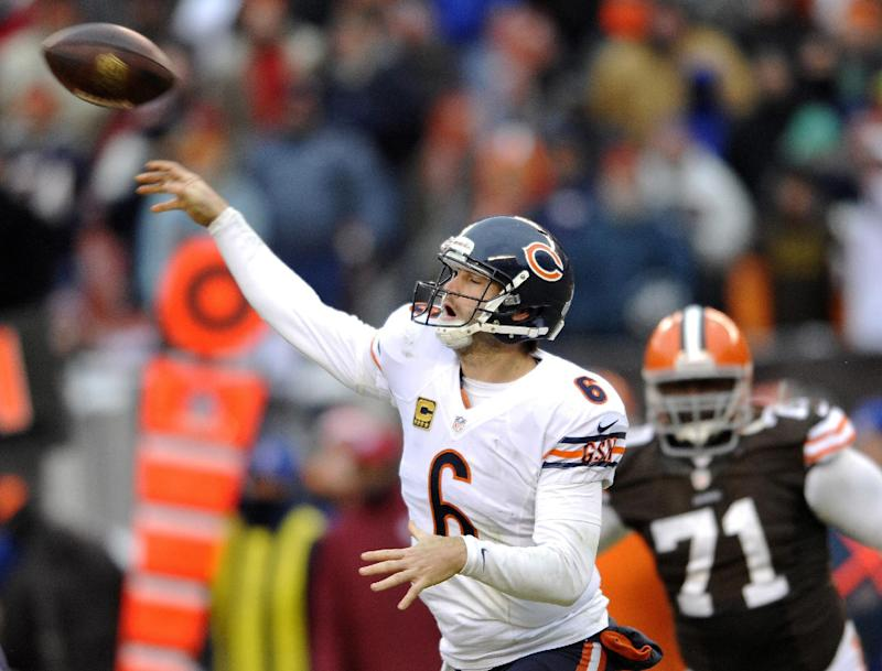 With QB debate over, Bears focus on playoff run