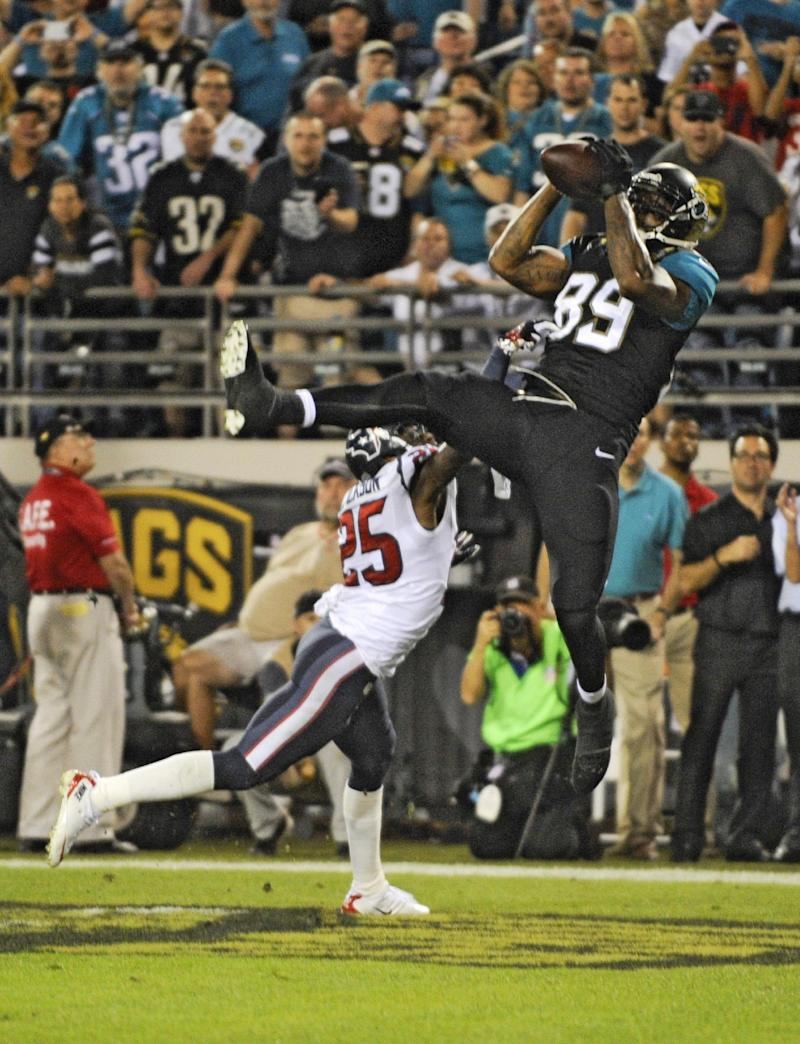 Jaguars hand Texans 11th straight loss, 27-20