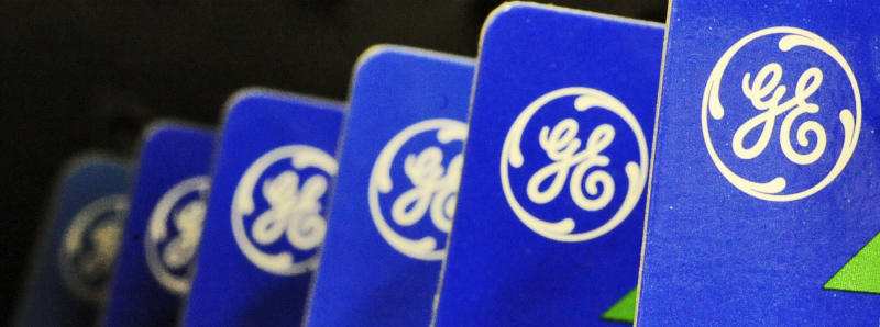 GE 1Q earnings fall, outlook strong