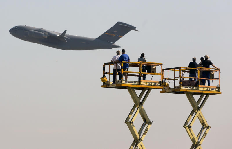 Boeing to end C-17 airlifter production in 2015