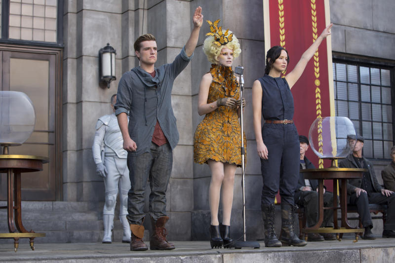 'Catching Fire' scorches with $161.1M opening