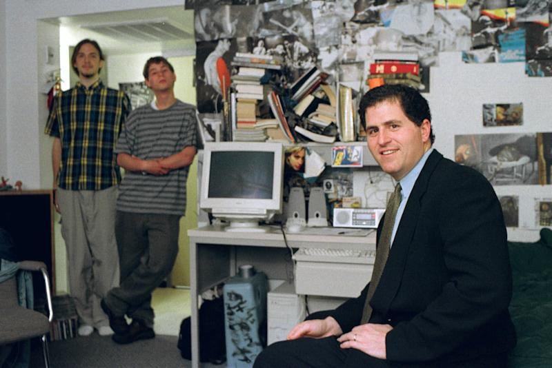 Dell's founder strikes deal to turn it around