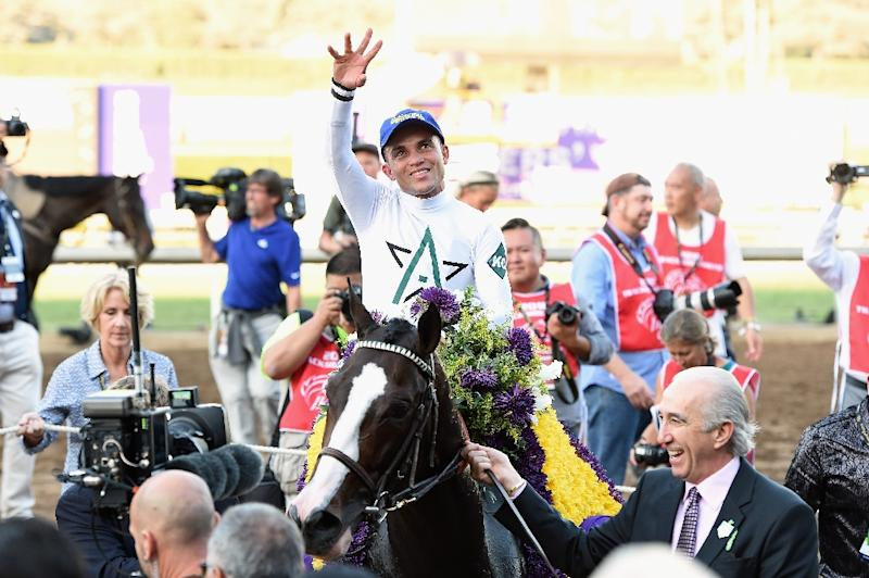 Arrogate upsets California Chrome to win 2016 Breeders' Cup Classic