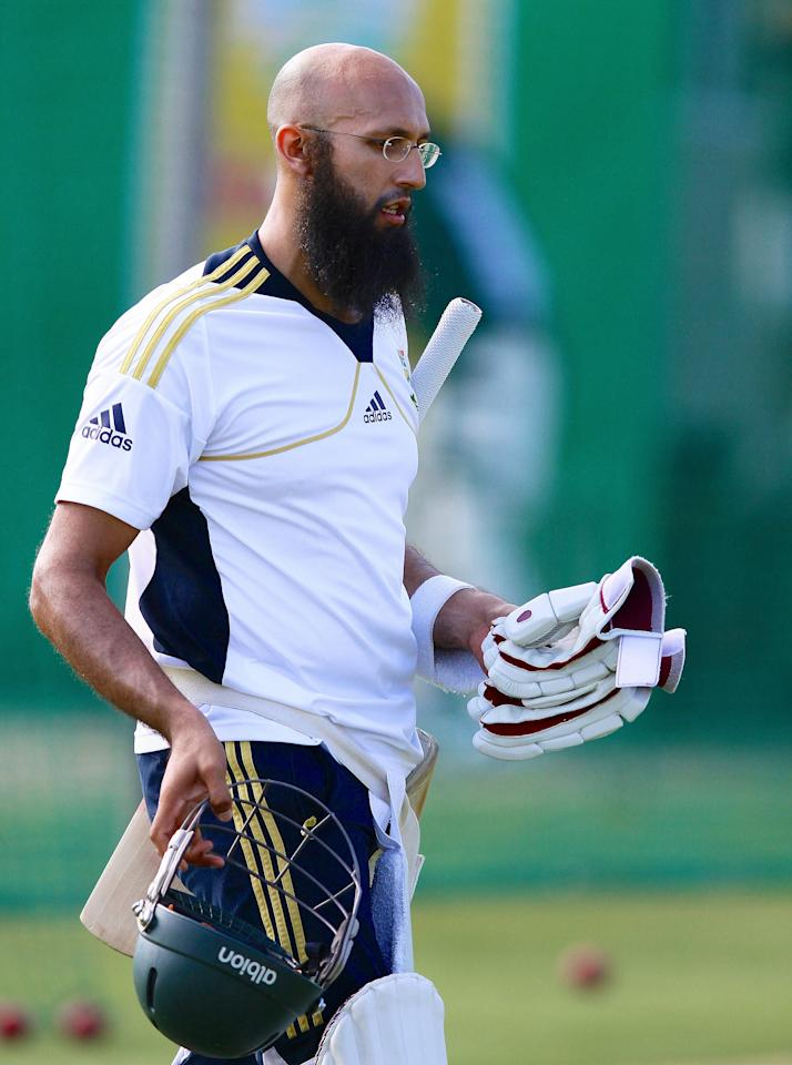 PORT ELIZABETH, SOUTH AFRICA - JANUARY 08: Hashim Amla attends the South African national cricket team training session at Axxess St Georges on January 08, 2013 in Port Elizabeth, South Africa. (Photo by Richard Huggard/Gallo Images/Getty Images)
