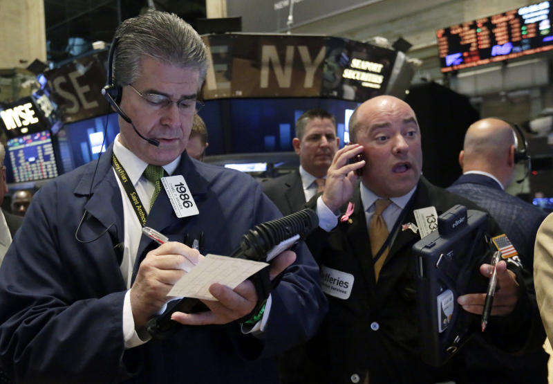 Stocks stabilize; Molson Coors jumps on earnings