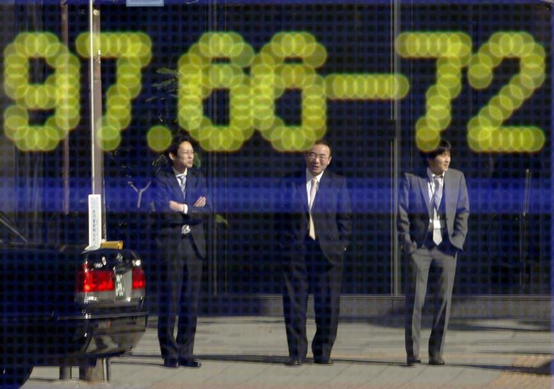 Markets rally as France, Spain clear bond hurdle