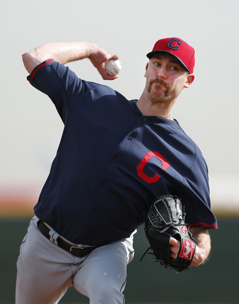 Indians' John Axford 18 for 18 in Oscars picks