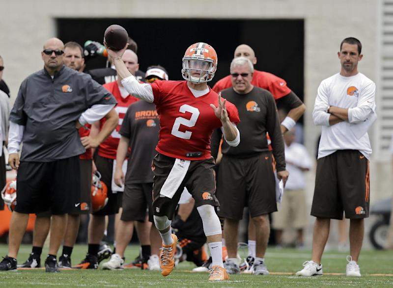 Quarterback Johnny Manziel's day at Browns camp