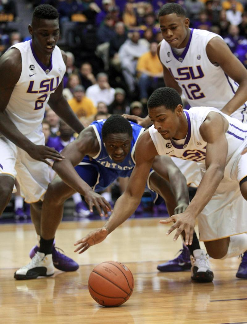 O'Bryant leads LSU past No. 11 Kentucky, 87-82