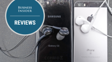 Here's how the headphones that come with Samsung's Galaxy S8 compare to Apple's EarPods