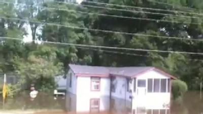 Floodwaters Rise In Vicksburg Neighborhood