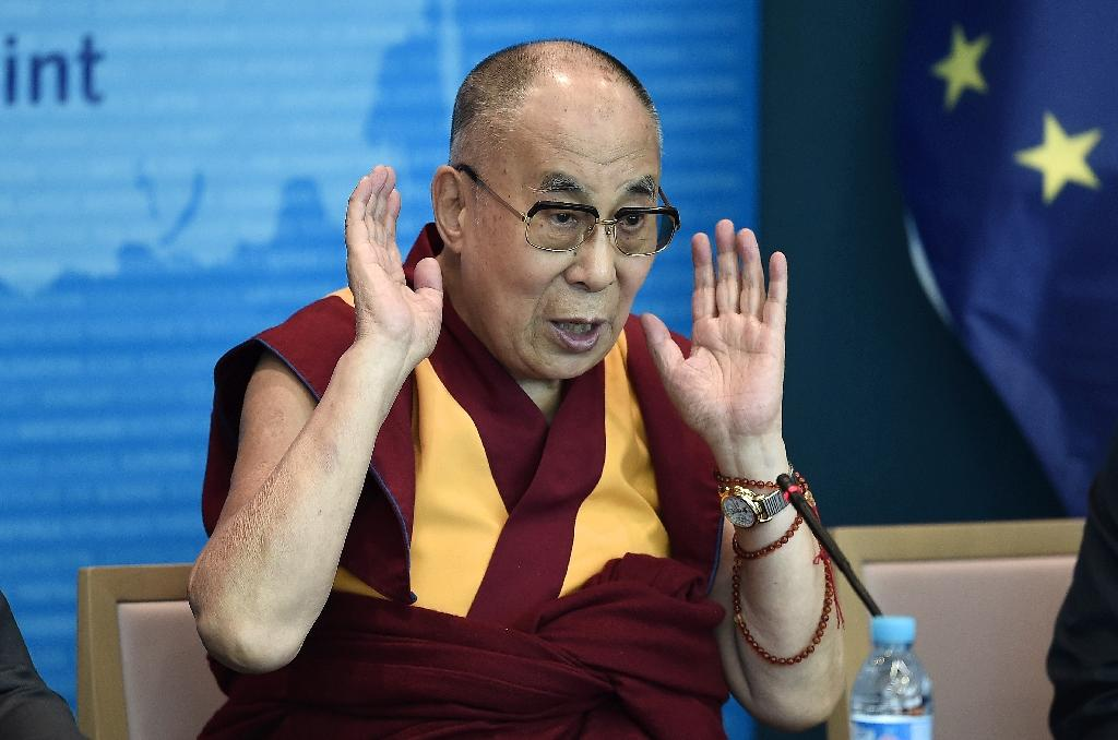 an evaluation of the speech of the 14th dalai lama to the european parliament in strasbourg The 14th dalai lama ( ( us ),  ( uk ) ( religious name : tenzin gyatso , shortened from jetsun jamphel ngawang lobsang yeshe tenzin gyatso , born lhamo thondup , 6 july 1935) is the current dalai lama .