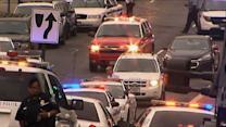 Raw: Authorities Respond to Washington Navy Yard