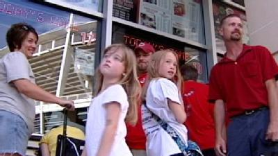 Reds Hope For More Fans In Race For Pennant