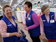 Walmart is giving its workers a pay raise and a cash bonus of up to $1,000 (WMT)