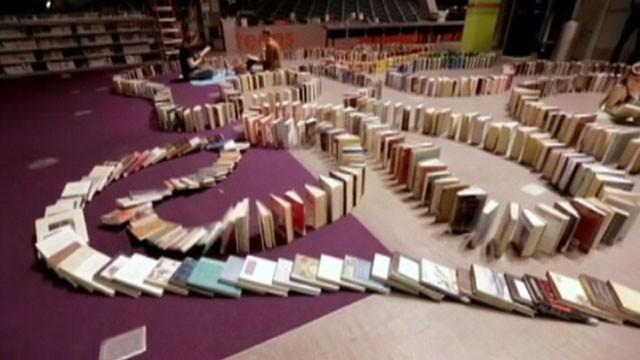 Can the Domino Effect Boost Reading?