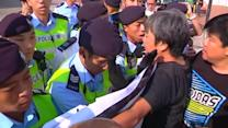 Scuffles break out at China World War Two ceremony