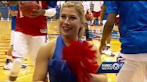 KU fans pack Allen Fieldhouse for Wiggins debut