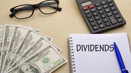 The 10 Top Nasdaq 100 Dividend Stocks: Do Any Belong in Your Portfolio?