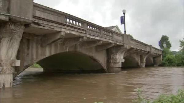 Flooding fears for home, store owners